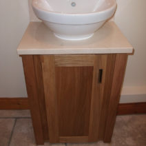 Solid Oak Vanity Unit with Crema Marfil Marble Top