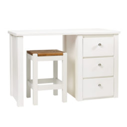 Desk in White