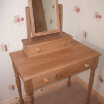 Solid Oak Dressing Table & Mirror