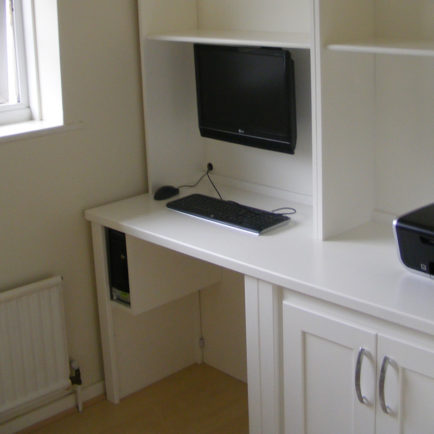Fitted Office Shelving & Desk
