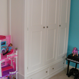 Triple Door Wardrobe With 2 Bottom Drawers