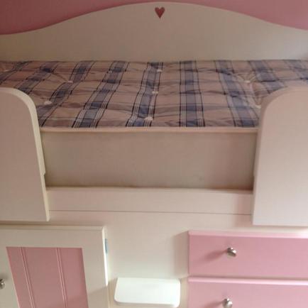 Heart Back Rail on Cabin Bed