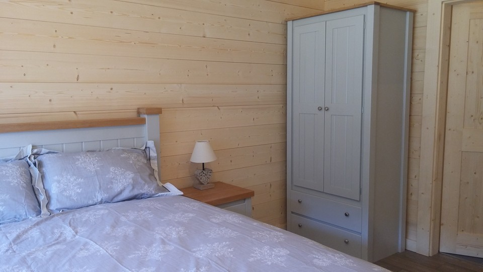 grey and oak bedroom set