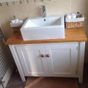 White Vanity Unit with Traditional Pine Top