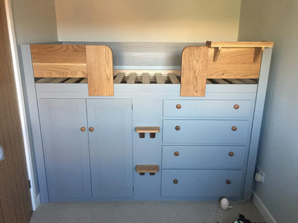 4 drawer Cabin Bed in manor house grey with solid oak rails/steps and plain doors