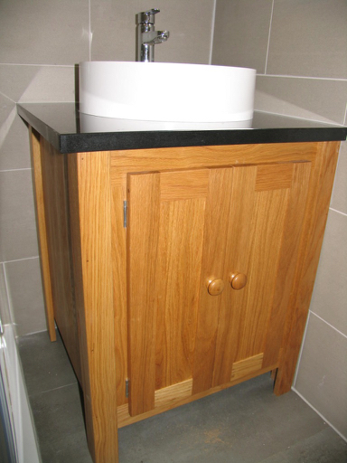 Solid Oak Vanity Unit With A Black Granite Top Aspenn
