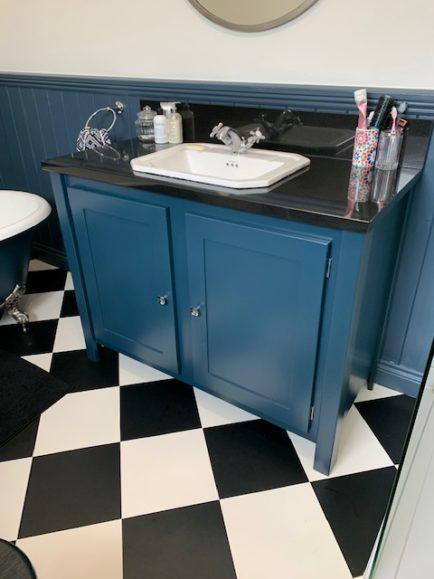Single Countertop Vanity Unit in Hague Blue