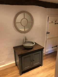 Single Countertop Vanity Unit in Manor House Grey with Solid Oak Top